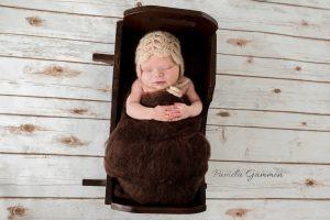 Lucasville Ohio Newborn Photography