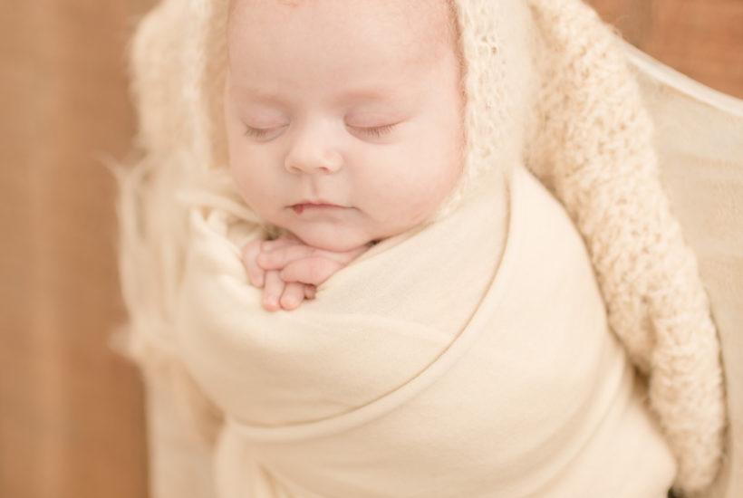 Newborn Pictures Kentucky | Hi Brianna